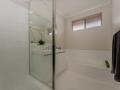Greenfields Bathroom